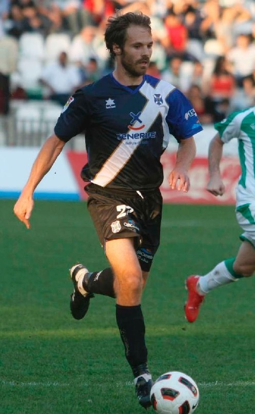 Tenerife-2010-11-luanvi-away-kit.jpg