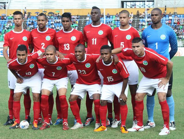 Timor-Leste-12-13-NIKE-home-kit-red-white-red-line-up.JPG