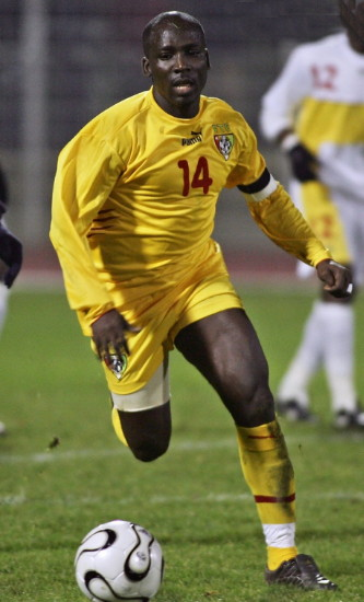 Togo-05-06-PUMA-home-kit-yellow-yellow-yellow.jpg