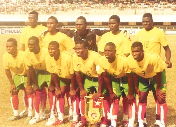 Togo-06-07-PUMA-home-kit-yellow-green-red-line-up.jpg