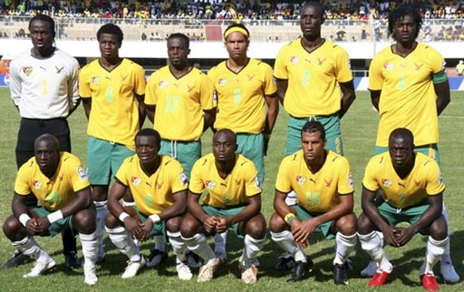 Togo-09-PUMA-uniform-yellow-green-white-group.JPG