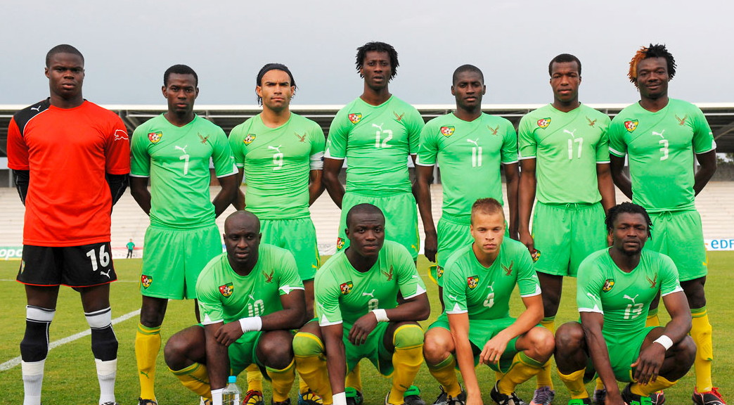 Togo-10-11-PUMA-away-kit-green-green-yellow-line-up.jpg