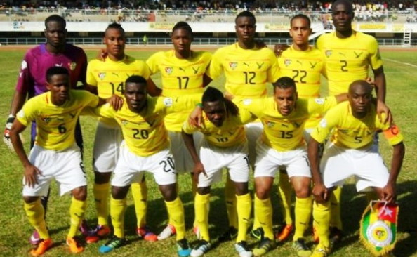 Togo-12-13-PUMA-home-kit-yellow-white-yellow-line-up.jpg