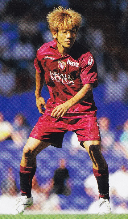 Torino-FC-07-08-asics-first-kit-dark-red-dark-red-dark-red-大黒将志.jpg