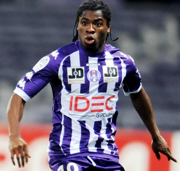 Toulouse-11-12-Kappa-first-kit-stripe-violet-violet.jpg