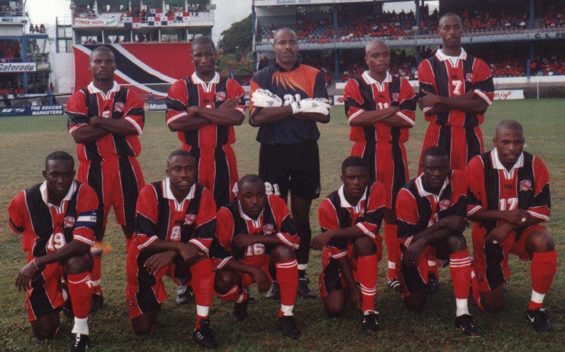 Trinidad-and-Tobago-01-02-L-SPORT-home-kit-red-red-red-line-up.jpg