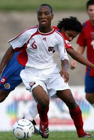 Trinidad-and-Tobago-06-08-adidas-away-kit-white-white-red.jpg
