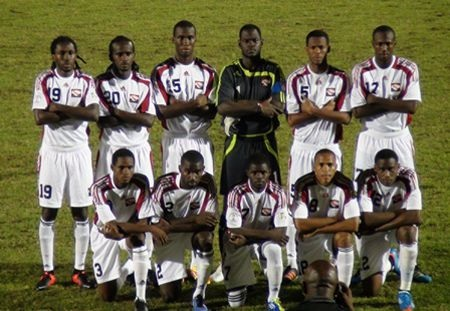 Trinidad-and-Tobago-08-09-adidas-away-kit-white-white-white-line-up.jpg