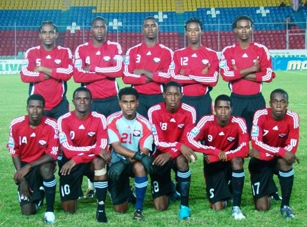 Trinidad-and-Tobago-08-09-adidas-home-kit-red-black-black-line-up.jpg
