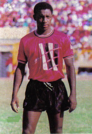 Trinidad-and-Tobago-1989-home-kit-red-black-white.jpg