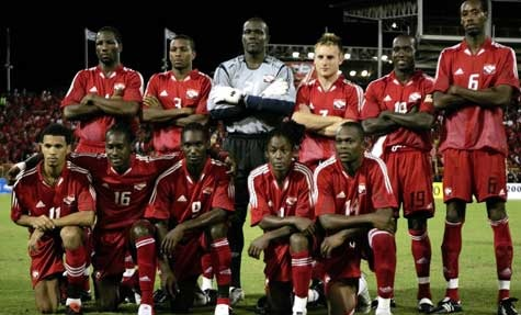 Trinidad-and-Tobago-2005-adidas-home-kit-red-red-red-line-up.jpg