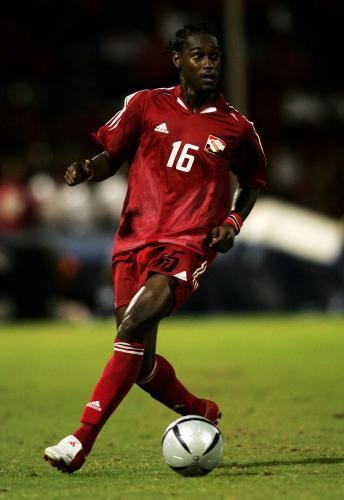 Trinidad-and-Tobago-2005-adidas-home-kit-red-red-red.jpg