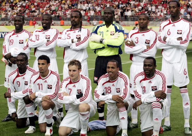 Trinidad-and-Tobago-2006-adidas-away-kit-white-white-white-line-up.jpg