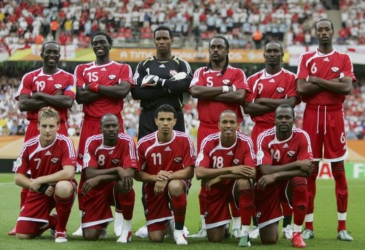 Trinidad-and-Tobago-2006-adidas-home-kit-red-red-red-line-up.jpg