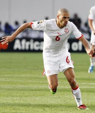 Tunisia-10-11-PUMA-home-uniform-white-white-white.JPG