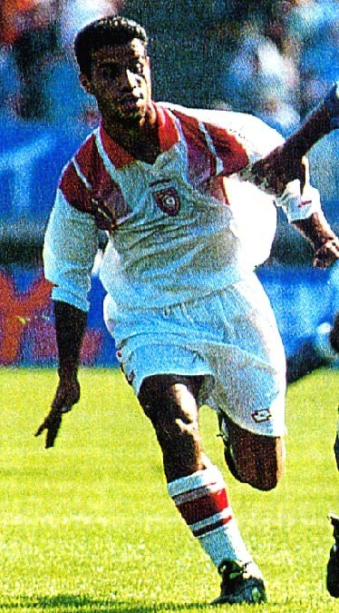 Tunisia-1996-lotto-home-kit-white-white-white-2.JPG