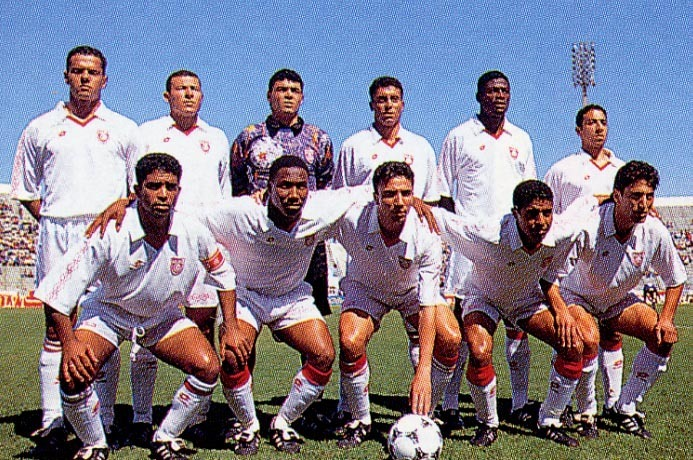Tunisia-1996-lotto-home-kit-white-white-white-line-up-1.JPG