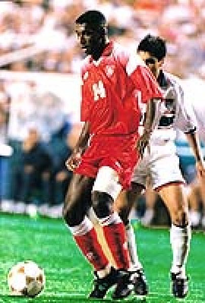 Tunisia-1996-lotto-olympic-away-kit-red-red-redJPG.JPG