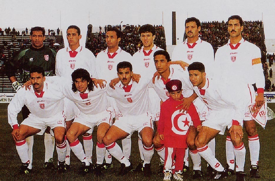 Tunisia-1997-lotto-home-kit-white-white-white-line-up-1.JPG