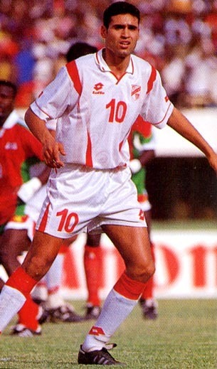 Tunisia-1998-lotto-nations-cup-home-kit-white-white-white.JPG