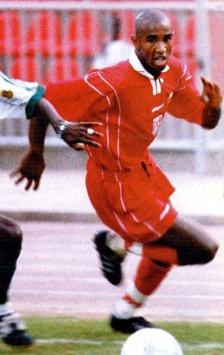 Tunisia-2000-uhlsport-nations-cup-away-kit-red-red-red.JPG
