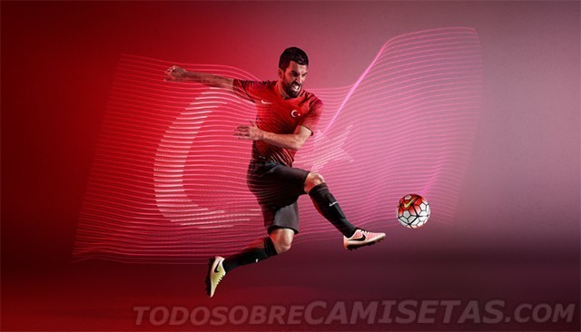 Turkey-2016-NIKE-new-home-kit-4.jpg
