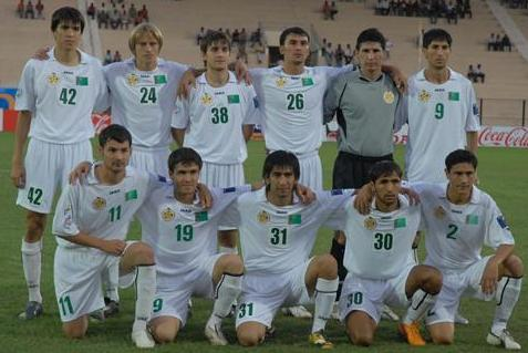 Turkmenistan-08-JAKO-white-white-white-group.JPG