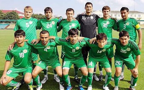 Turkmenistan-11-adidas-home-kit-green-green-green-line-up.jpg