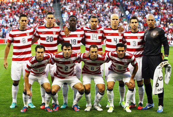 USA-12-13-NIKE-home-kit-stripe-white-white-line-up.jpg