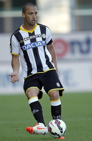 Udinese-14-15-HS-home-kit.jpg