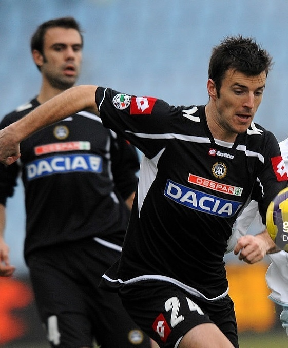 Udinese-2009-10-lotto-away-kit.jpg