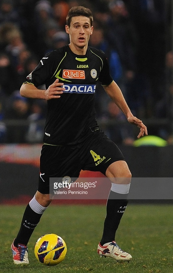 Udinese-2012-13-LEGEA-third-kit.jpg