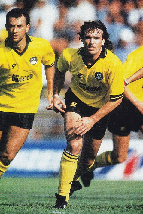 Udinese-92-93-lotto-second-kit-yellow-black-yellow-Abel-Balbo.jpg