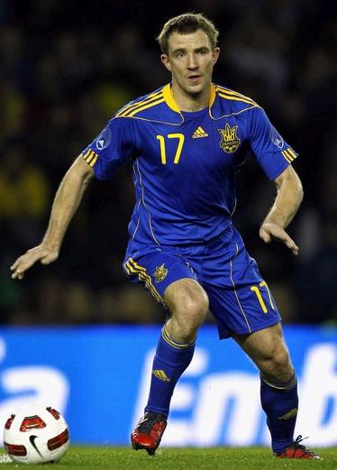 Ukraine-10-11-adidas-away-kit-blue-blue-blue.jpg