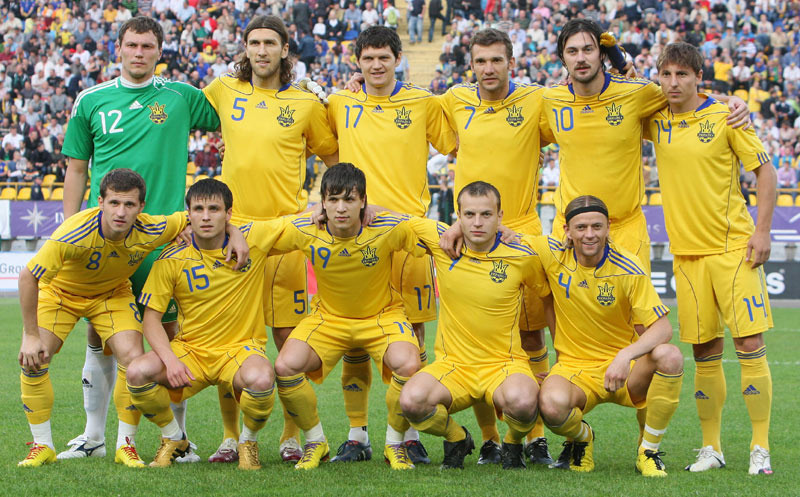 Ukraine-10-11-adidas-home-kit-yellow-yellow-yellow-pose.jpg