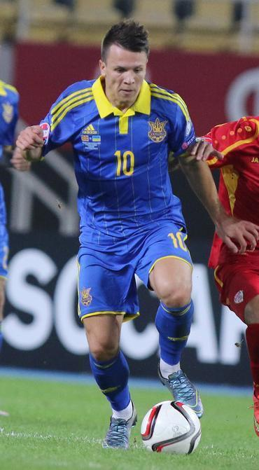 Ukraine-14-15-adidas-away-kit-blue-blue-blue.JPG