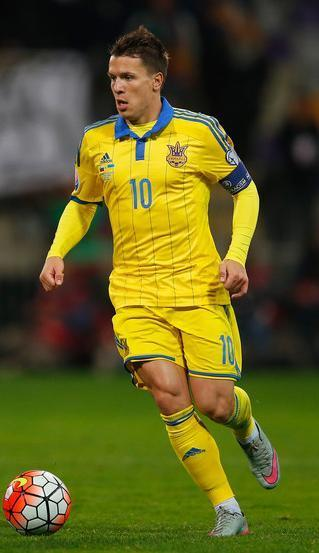 Ukraine-14-15-adidas-home-kit-yellow-yellow-yellow-2.JPG