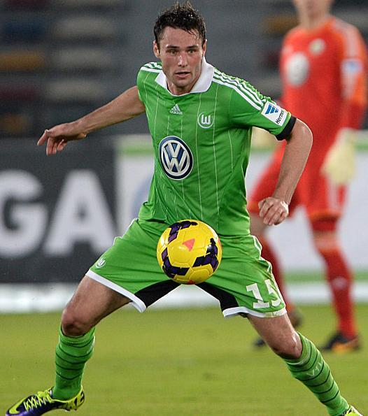 VfL-Wolfburg-13-14-adidas-first-kit-green-green-green.jpg