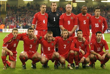 Wales-02-03-Kappa-home-kit-red-red-red-line-up.JPG