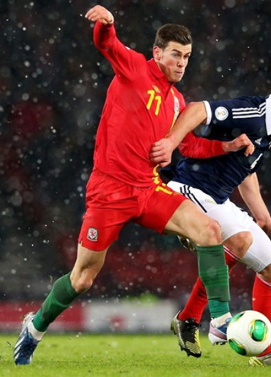 Wales-12-13-UMBRO-home-kit-red-red-green.jpg