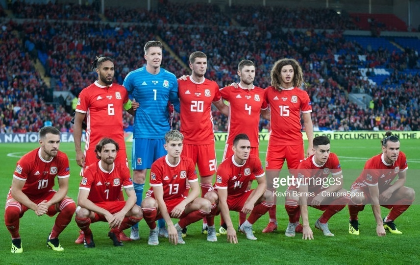 Wales-2018-19-adidas-home-kit-red-red-red-line-up.jpg