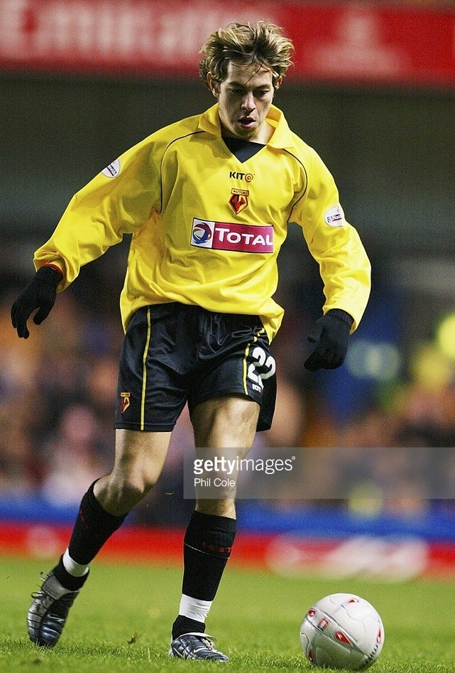 Watford-2003-04-KIT@-home-kit-Lee-Cook.jpg