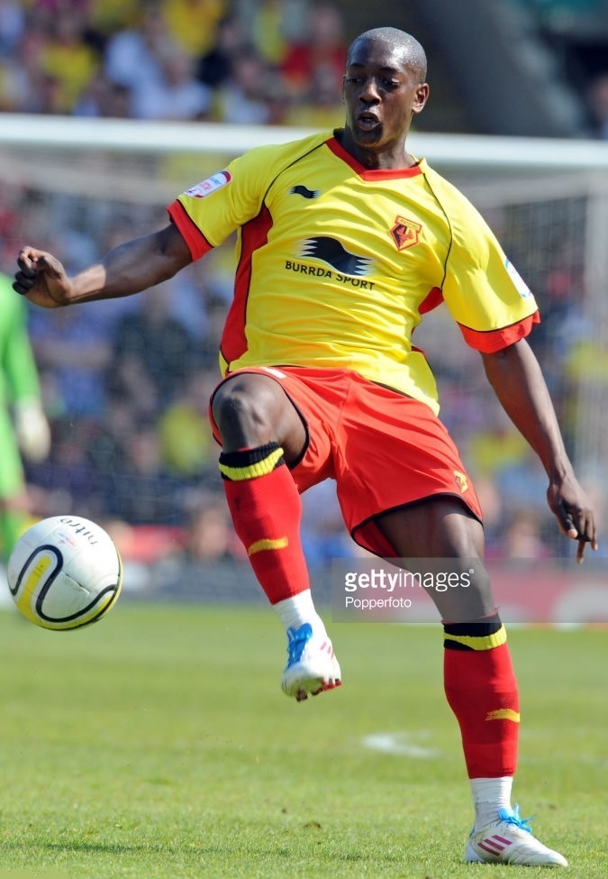Watford-2011-12-BURRDA-home-kit-Marvin-Sordell.jpg