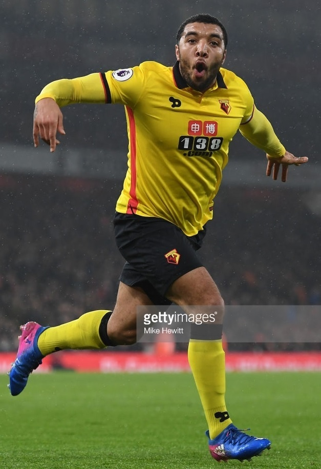 Watford-2016-17-Dryworld-home-kit-Troy-Deeney.jpg