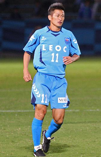 Yokohama-FC-09-10-hummel-home-kit-light blue-light blue-light blue.JPG