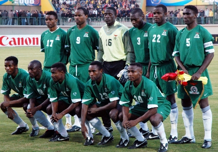 Zambia-06-07-NIKE-uniform-green-green-white-group.JPG
