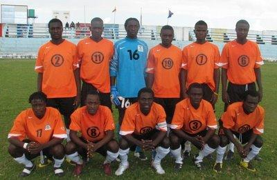 Zambia-08-NIKE-uniform-orange-black-white-group.JPG