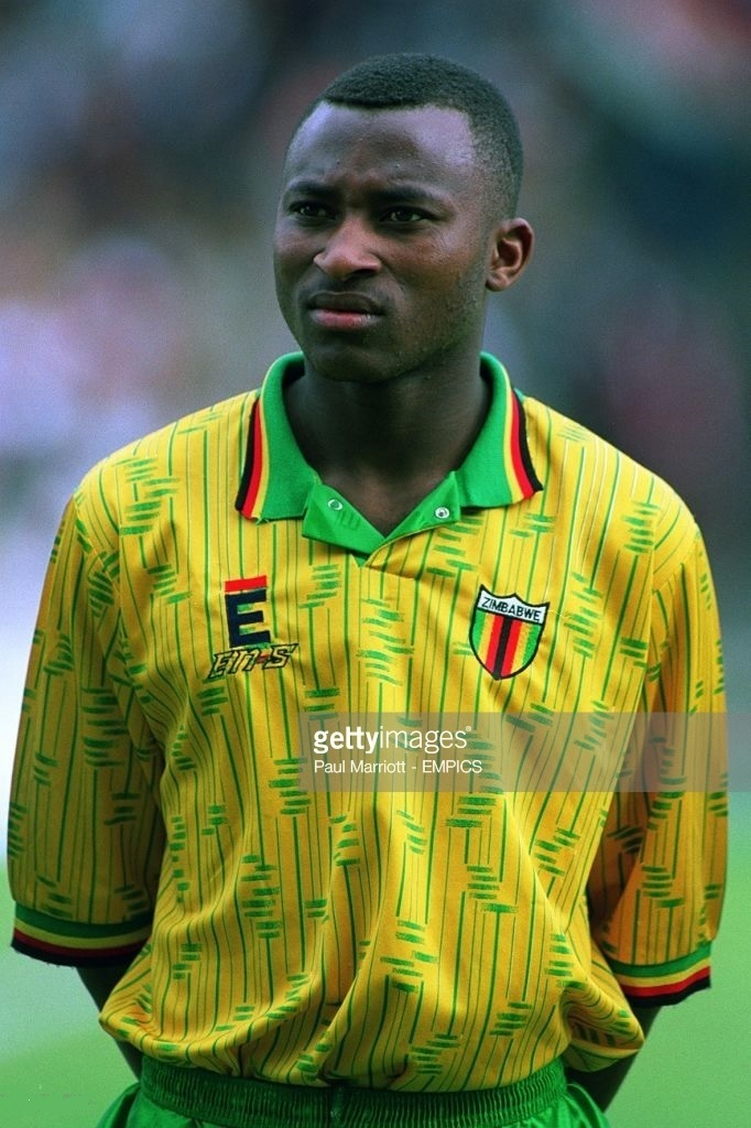 Zimbabwe-1993-En-s-sports-first-kit-yellow-green-yellow.jpg