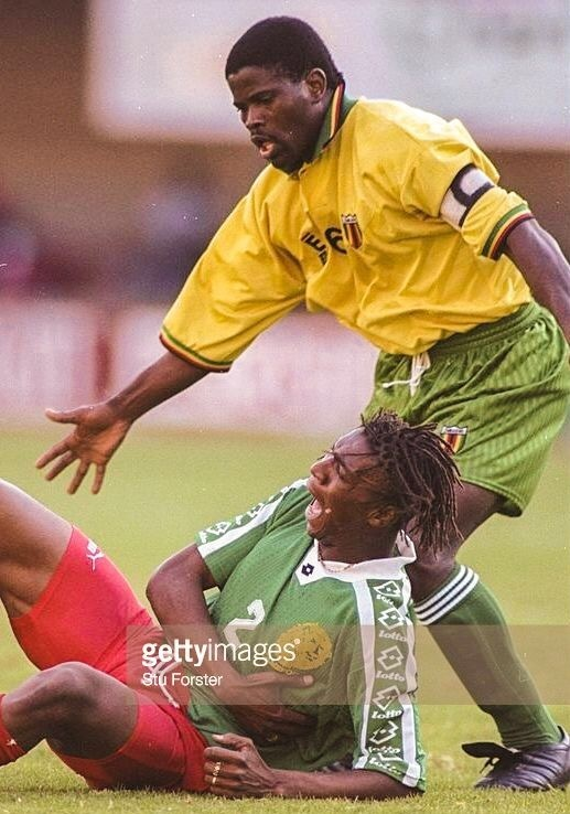 Zimbabwe-1997-En-s-SPORTS-first-kit-yellow-green-green.jpg
