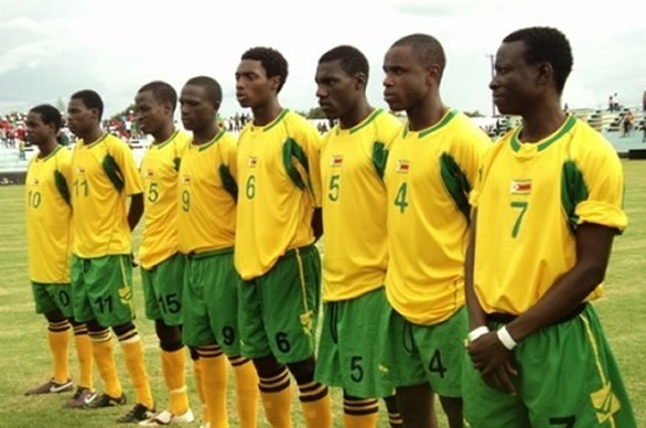 Zimbabwe-2006-08-LEGEA-home-kit-yellow-green-yellow-line.jpg